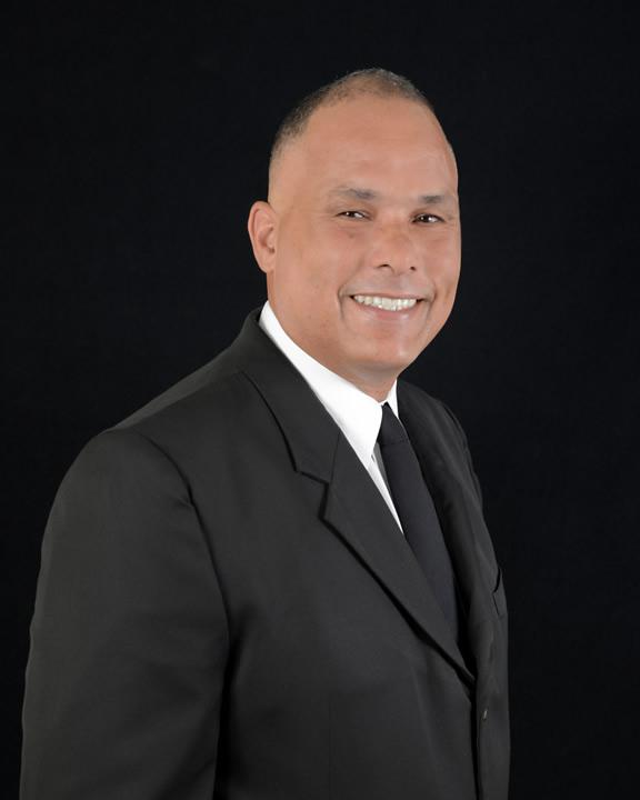 Edwin Correa - Orlando Regional Realty